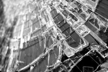 glass-582689_1280
