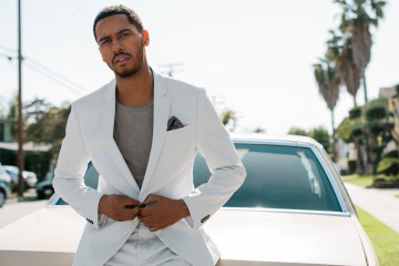 Elliot Knight Interview
