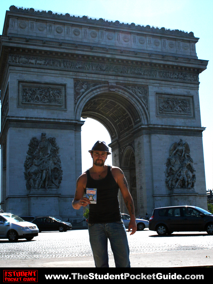 Issue-6-Arc-De-Triomph_Paris