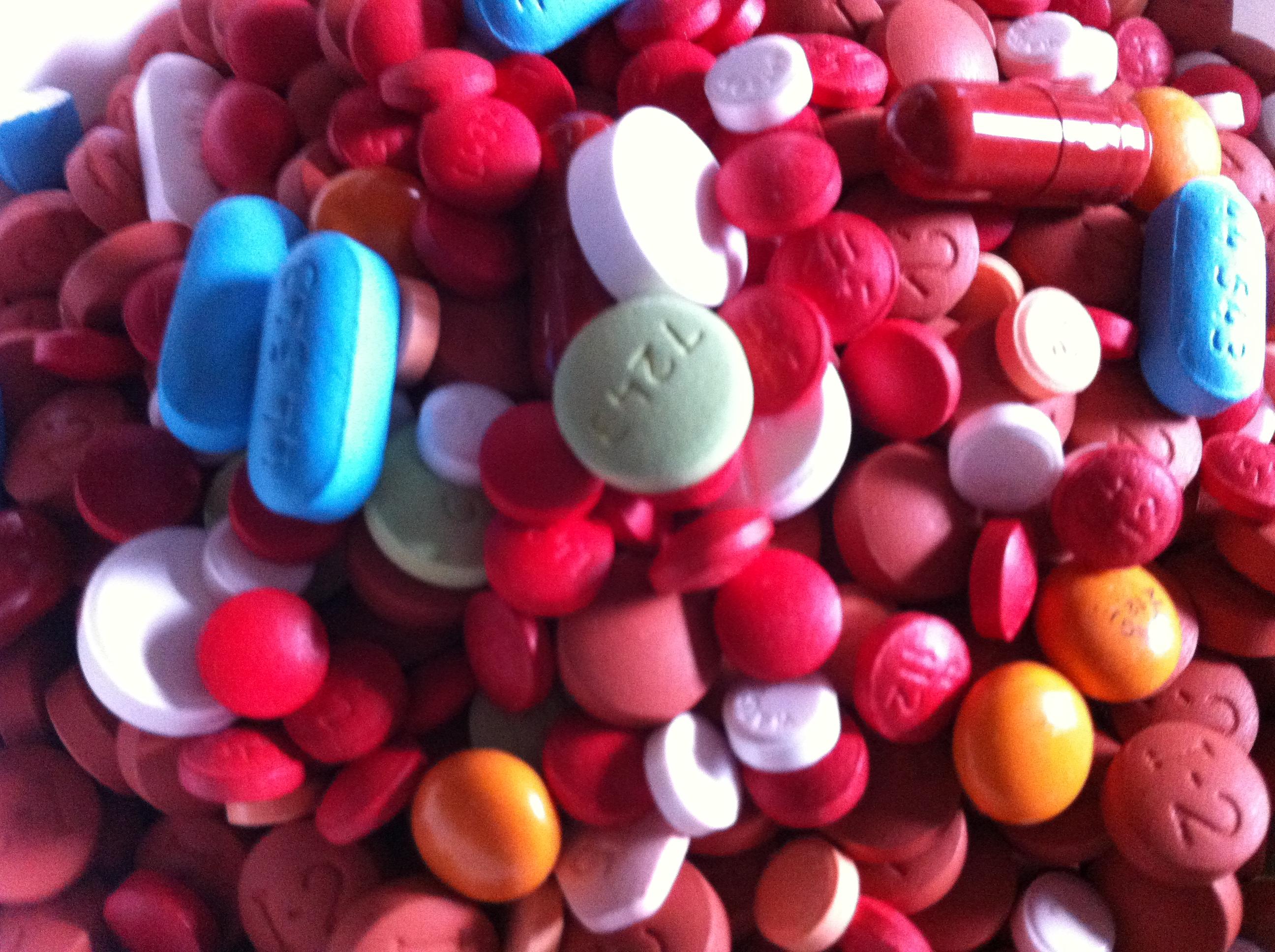 Assorted_Pills_3