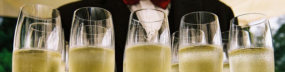 Champagne-vs.-Prosecco