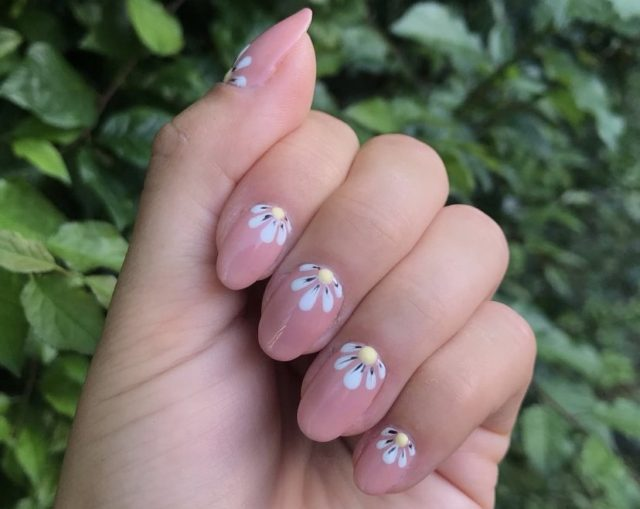 Floral Nail Design | Amy