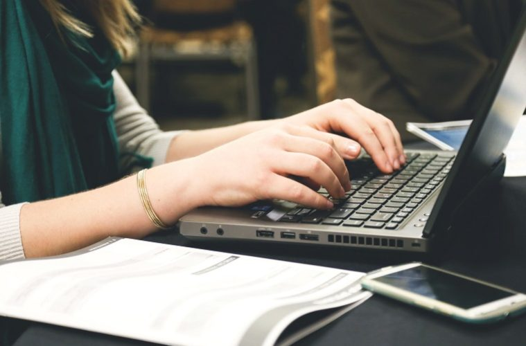 Desk essay writer online write my essay now