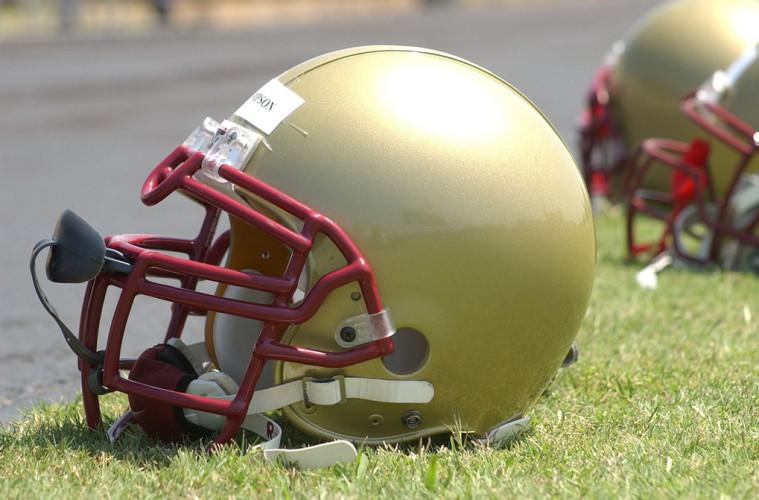 football-helmet-1401350_1280