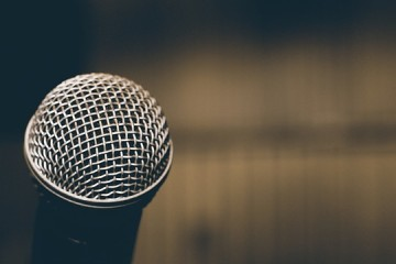 become a stand up comedian