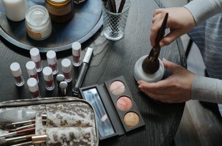 Make-up Bag   5 Items