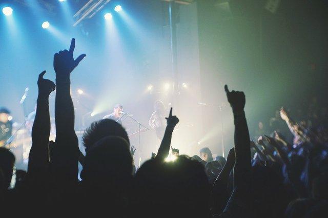 rsz_live-concert-455762_1280